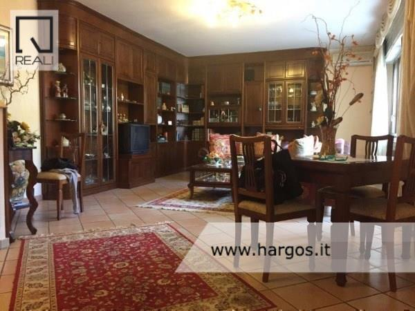 Villa in vendita a Roma, 6 locali, zona Zona: 18 . Ardeatino - Grotta Perfetta - Fonte Meravigliosa, prezzo € 545.000 | Cambio Casa.it