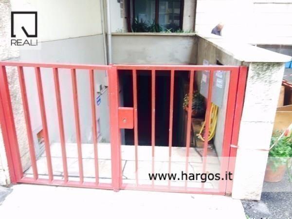 Magazzino in vendita a Roma, 7 locali, zona Zona: 19 . Colombo, Garbatella, Navigatori, Omboni, prezzo € 65.000   Cambio Casa.it