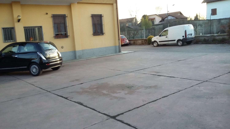 CA502 Magenta: Capannone artigianale 200 mq € 670