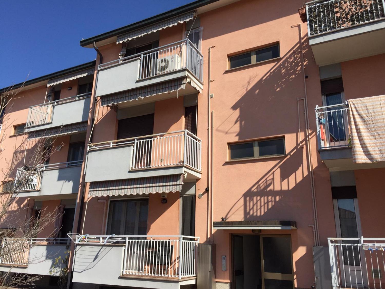 T2177 Magenta: 2 locali ristrutturato € 69.000