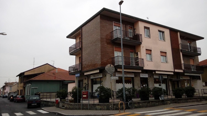 Rif. T3235 MAGENTA - TRILOCALE RISTRUTTURATO € 147.000