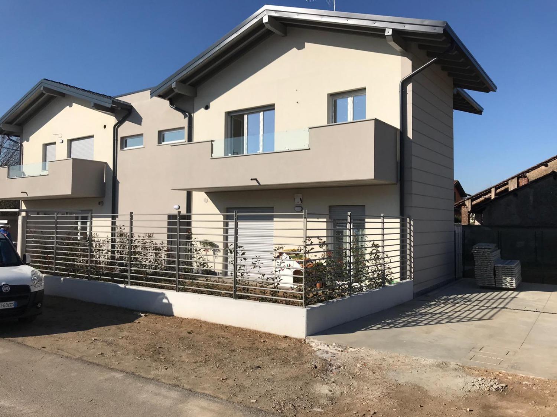 T2187 Magenta: NUOVO 2 locali in VILLA € 129.000