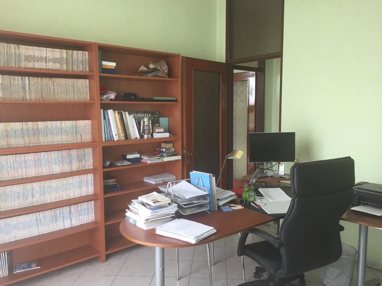 T450 MAGENTA Zona Nord - 4 LOCALI AMPIO - € 169.000
