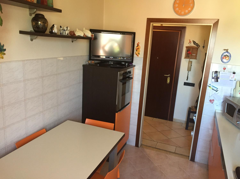 T2178 Magenta: 2 locali + box € 59.000