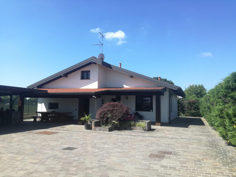 Rif. T499 MAGENTA: Villa indipendente € 370.000