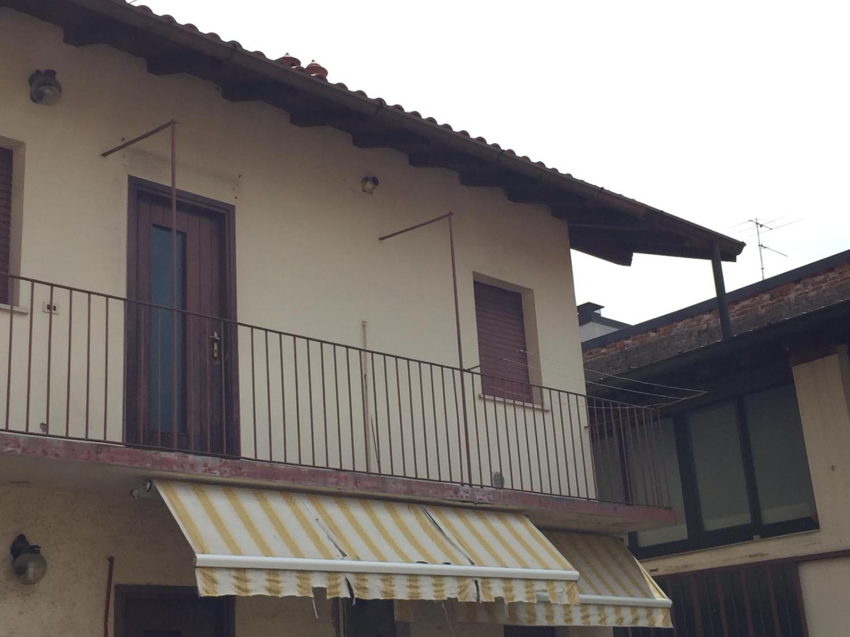 T2191 Magenta Zona Centro: BILOCALE IN CORTE € 65.000