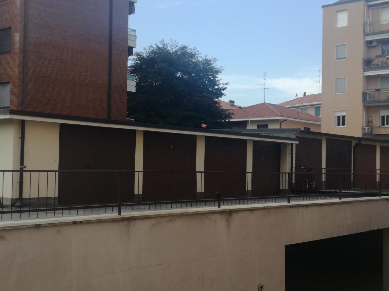 Rif. T015 MAGENTA: Zona Ospedale -  Box € 15.000