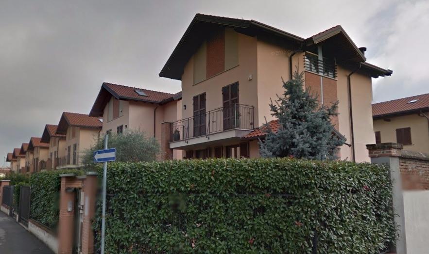 Rif. T618 CORBETTA: VILLA BINATA € 430.000