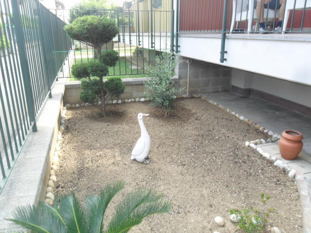 T2164 Magenta: 2 locali + giardino in Villa € 170.000