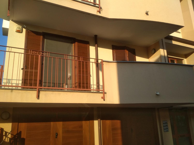 T2189 Bareggio: Bilocale in Quadrifamiliare € 110.000