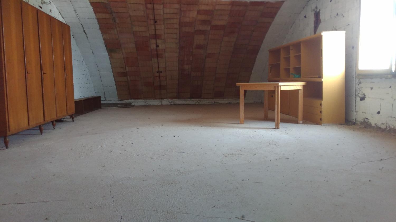 Rif.CT201: MAGENTA:Sottotetto mq 60 open space € 35.000
