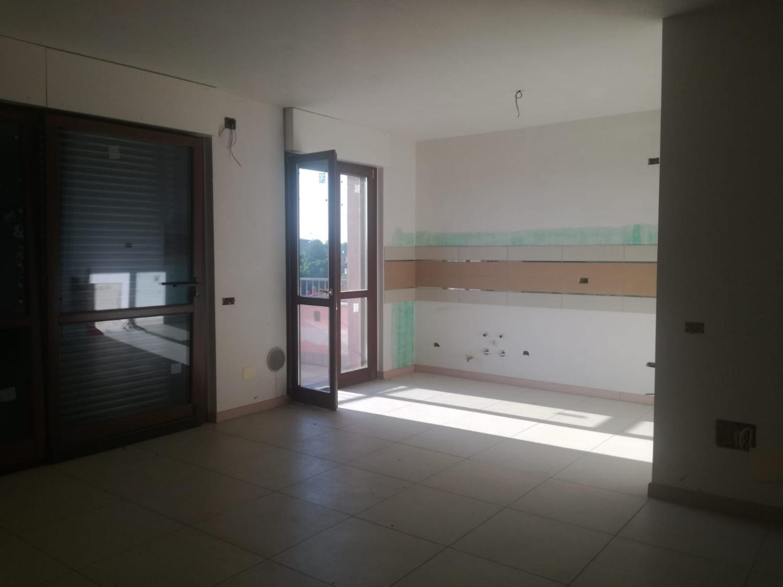 T474 Magenta: 4 locali + terrazzo NUOVO € 259.000
