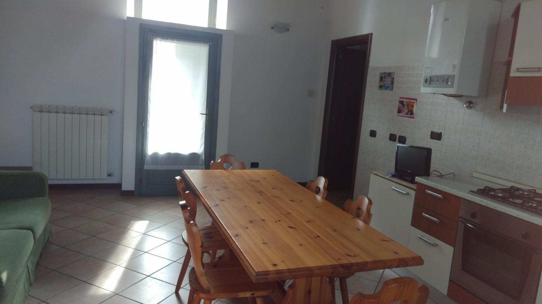 T276 Abbiategrasso: BILOCALE/STUDIO in CORTE € 89.000