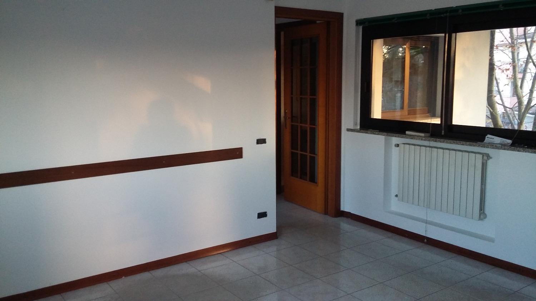 UA305 Magenta Nord: Ufficio di 70 mq € 700