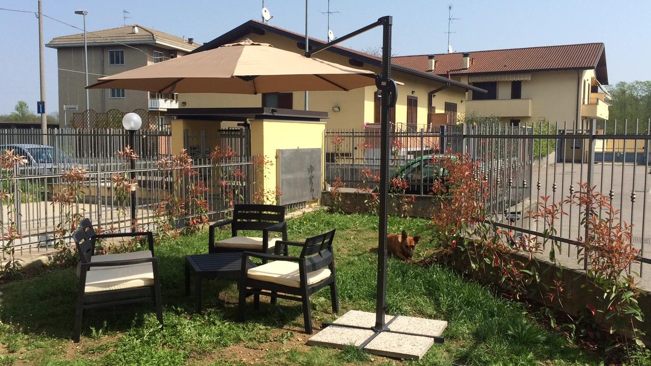 A2232 Castano Primo: BILOCALE con GIARDINO € 470