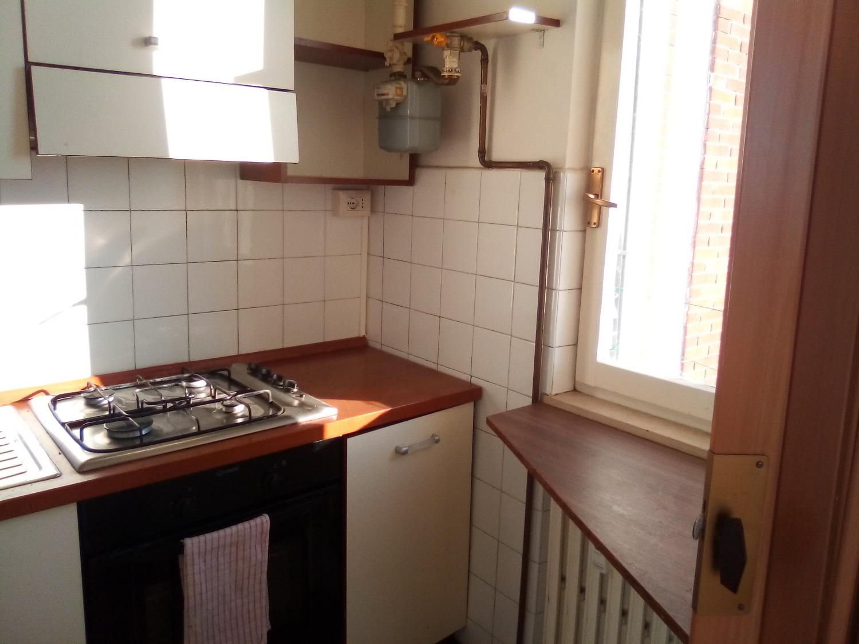 Rif. T3303 Boffalora: 3 Locali + box € 75.000