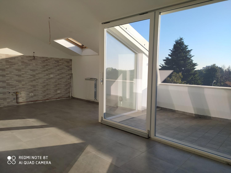 A381 S.Stefano T.no: 2 locali+Terrazzo + studio € 700
