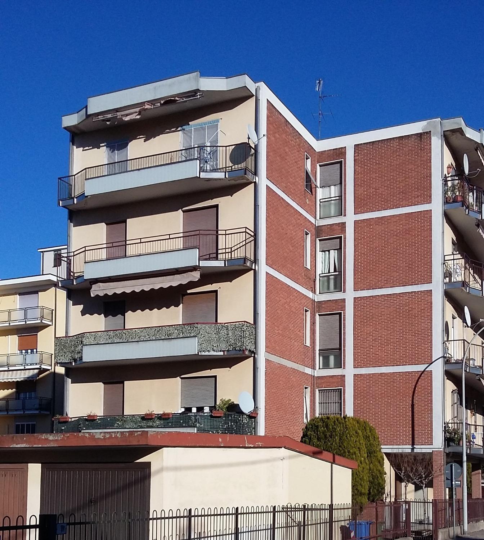 T4101 Boffalora s/t: 3/4 locali + box € 75.000