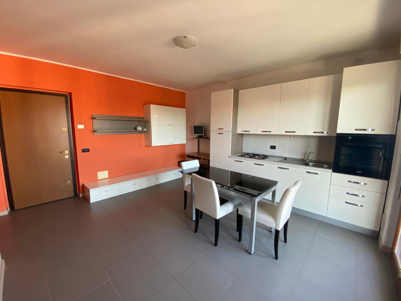 T2192 Magenta: Recente Bilocale + terrazzo € 118.000