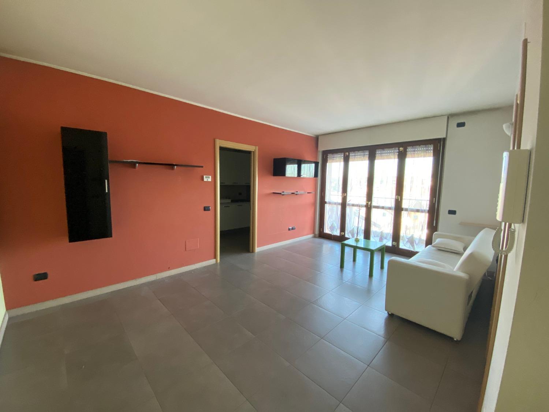 T2198 Magenta: Recente 2 locali con Terrazzo € 130.000