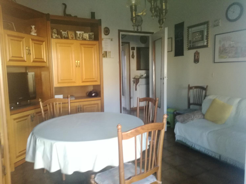T491 MAGENTA Zona Nord: 3/4 LOCALI € 139.000