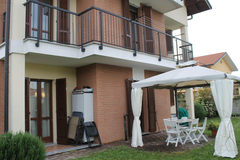 T493 Cuggiono: Casa+Giardino+box doppio € 239.000