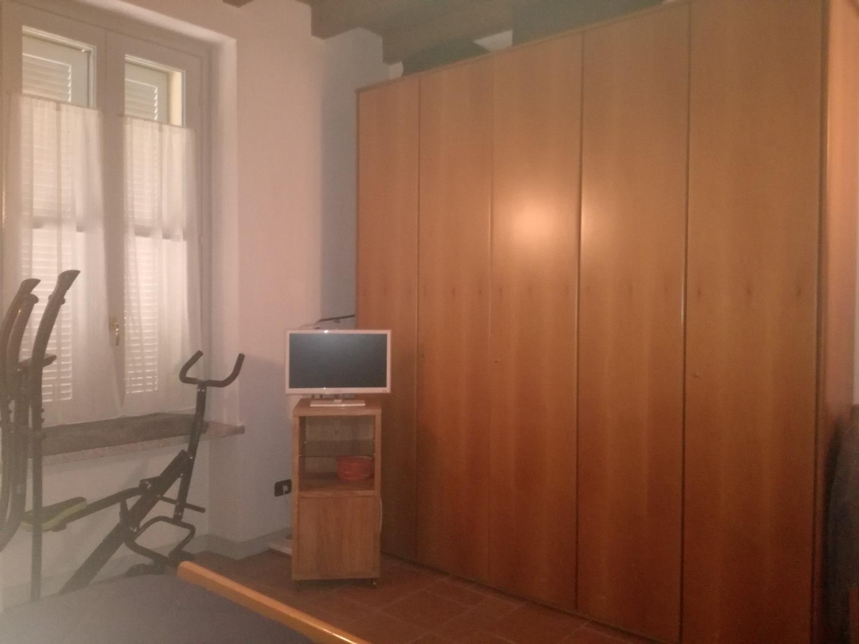 A2230 MAGENTA: IN CORTE BILOCALE ARREDATO € 650