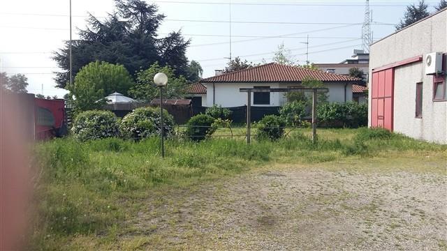 Marcallo - CAPANNONE ARTIGIANALE € 950 CA505