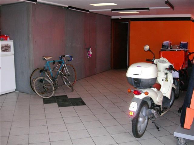 CA506 MAGENTA: Capannone/Laboratorio 200 mq € 800