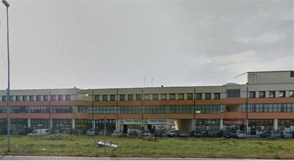 LA309 Magenta: 2 uffici di 80 mq a € 600 mensili l'uno