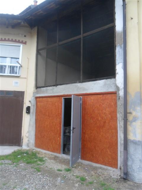 STAZIONE -  BILOCALE in CORTE € 50.000