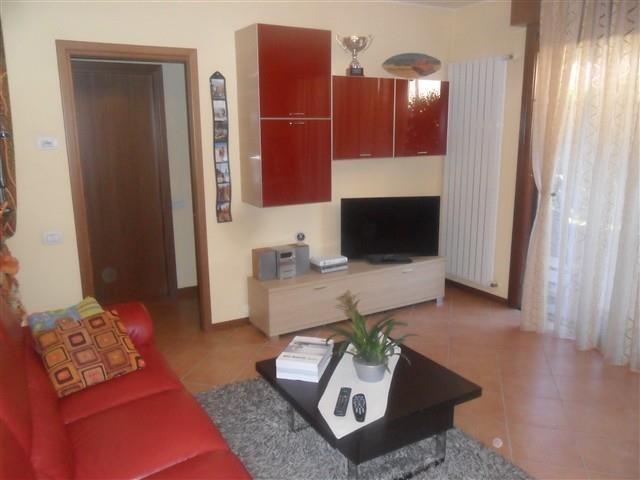 CORBETTA - BILOCALE con GIARDINO € 112.000 - Rif. T2134