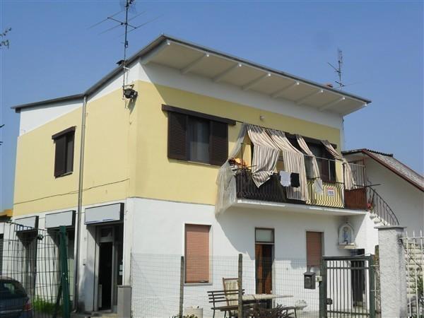 SAN ROCCO -  App.to in Villa 3 locali € 180.000 T3118