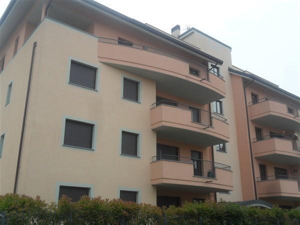 T3997 Magenta:Trilocale+doppi servizi recente € 187.000