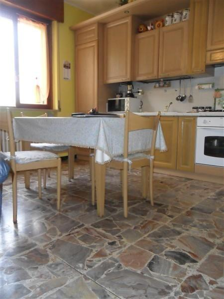 T395 BOFFALORA -  App.to in Villa di mq 138 € 130.000