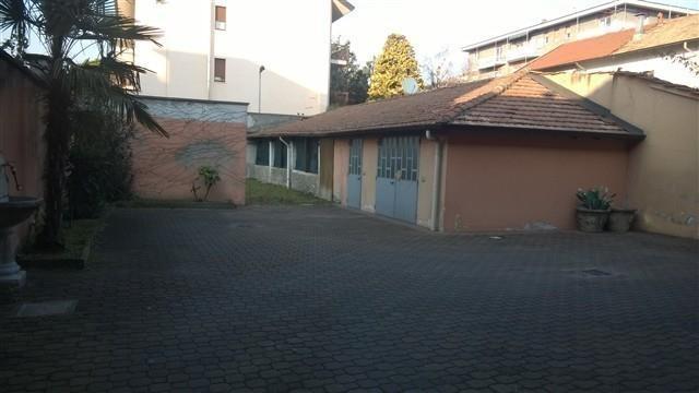 T614 MAGENTA: intero cortile indipendente € 285.000