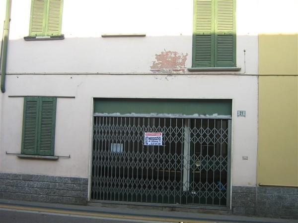 XA201 Boffalora: Negozio/Ufficio di 40 mq a € 400