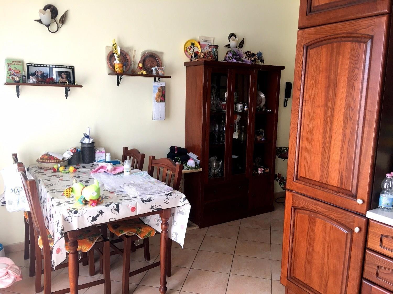 T516 PORTA MORTARA - 5LOCALI+2SERVIZI+BOX