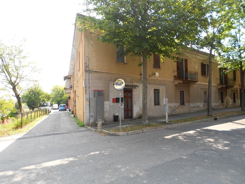 A101 BICOCCA - LOFT/MONOLOCALE CON SOPPALCO ARREDATO