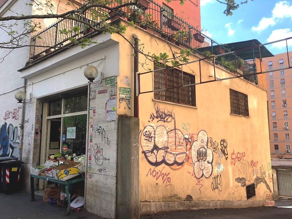 San Paolo ad. Metro –  Negozio 2 locali € 220.000 NT201