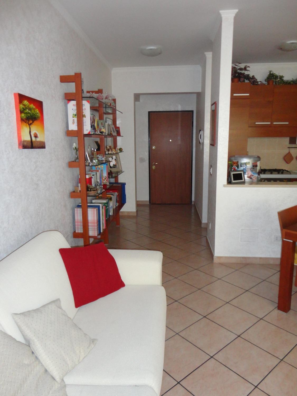 Spinaceto -  Ufficio 4 locali € 359.000 UT401