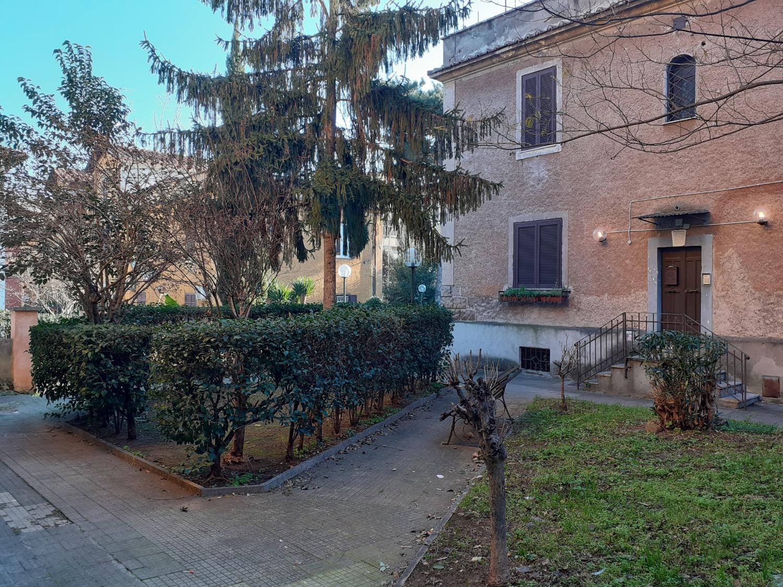 Garbatella Storica –  Appartamento 2 locali € 235  T222