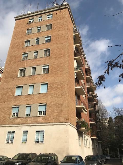 San Paolo ad. Metro -  Appartamento 3 locali € 900 A306