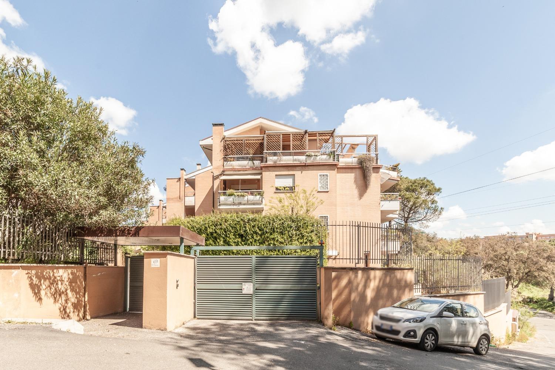 Bravetta –  Appartamento 2 locali € 205.000 T211