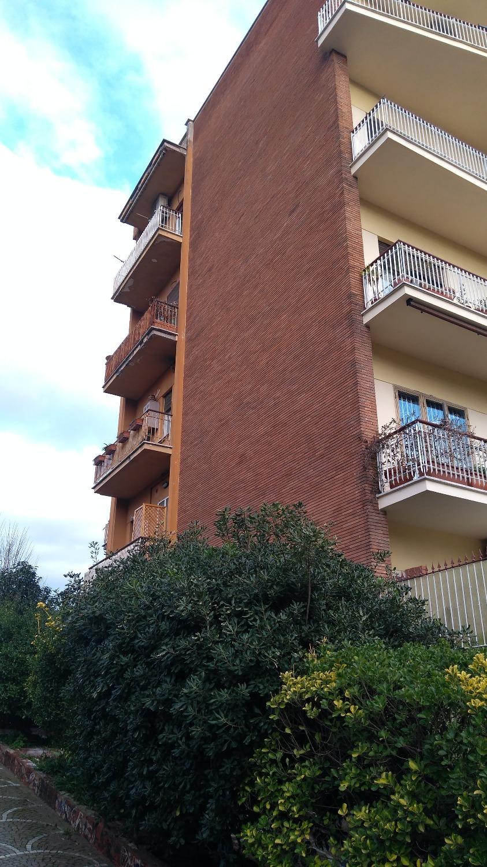 Monteverde Nuovo –  Appartamento 3 locali € 980 A306