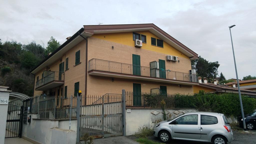 Selva Candida -  Appartamento 3 locali € 159.000 T311