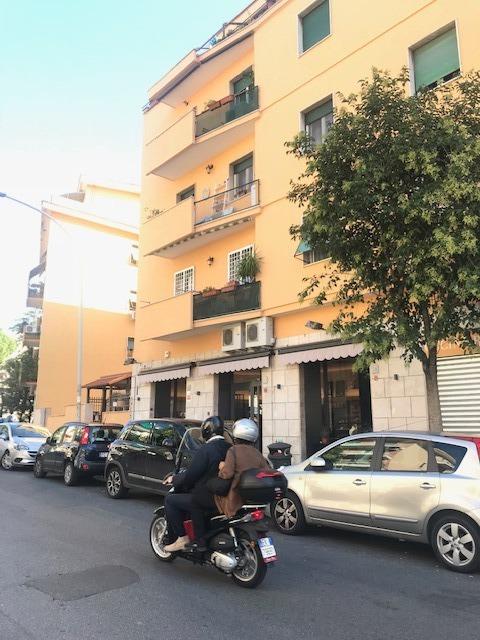 Monteverde Nuovo -  Appartamento 3 locali € 1.200 A301