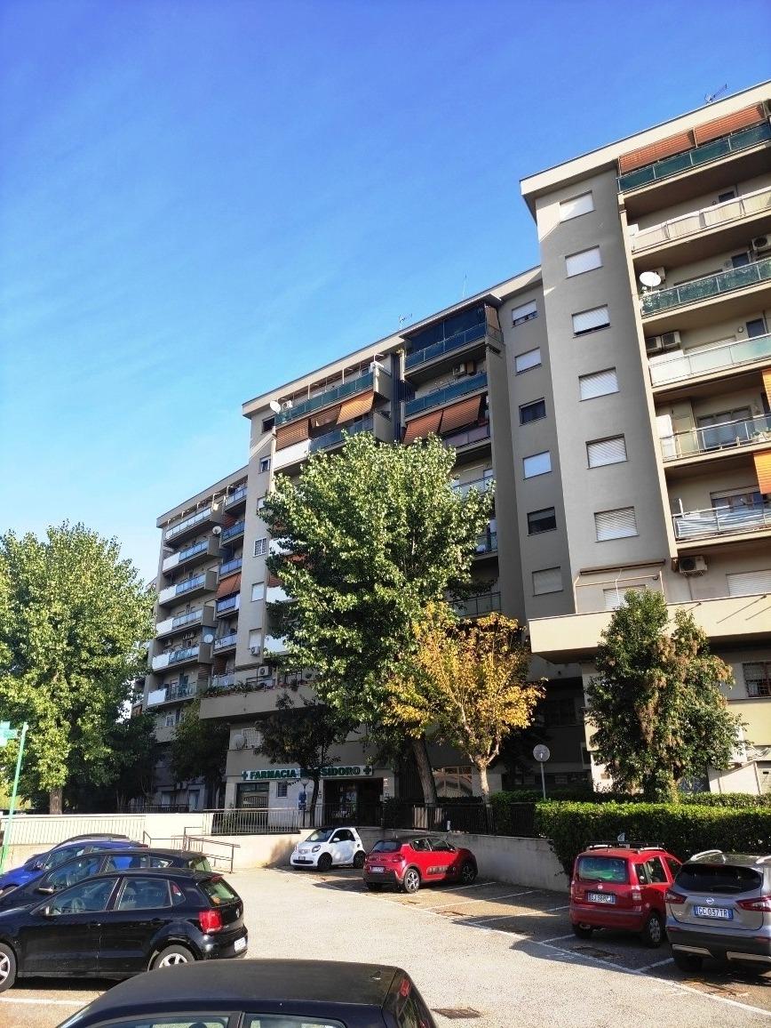 Pietralata -  Appartamento 4 locali € 285.000 T417
