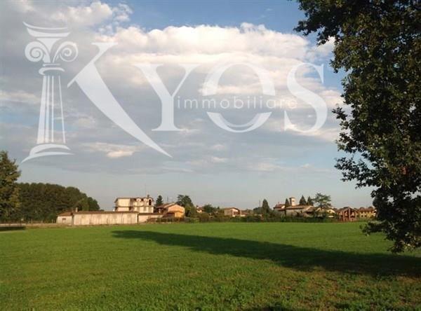 Appartamento in vendita a Brembio, 9 locali, Trattative riservate | Cambio Casa.it