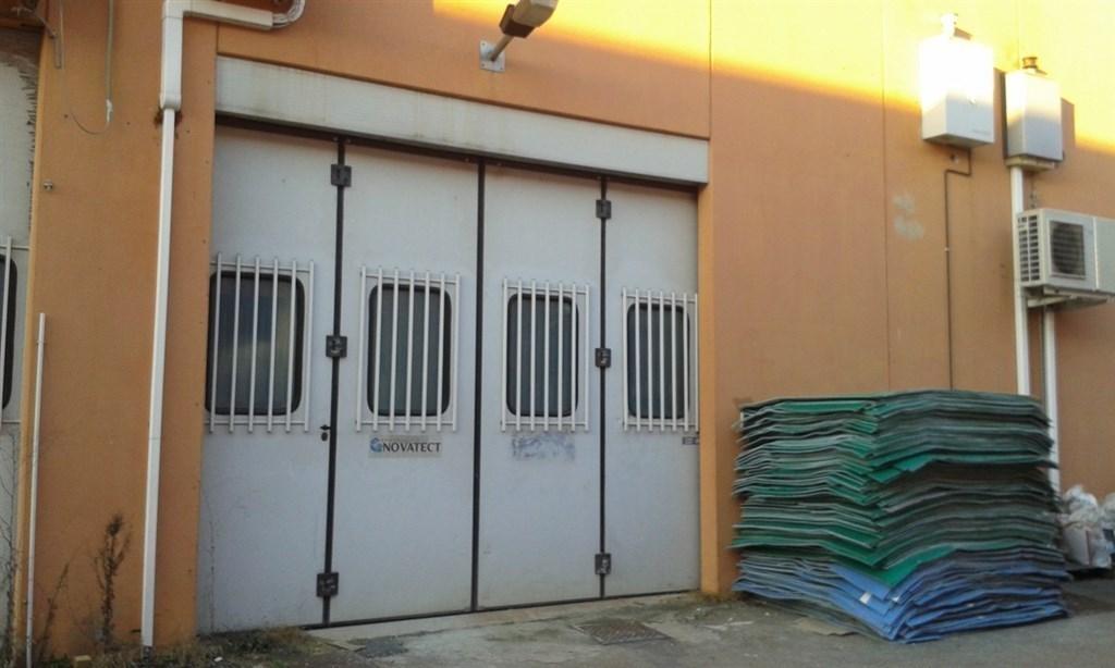 Capannone in vendita a Vignate, 5 locali, prezzo € 195.000 | Cambio Casa.it